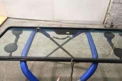 установка лобового стекла mercedes gelenvagen