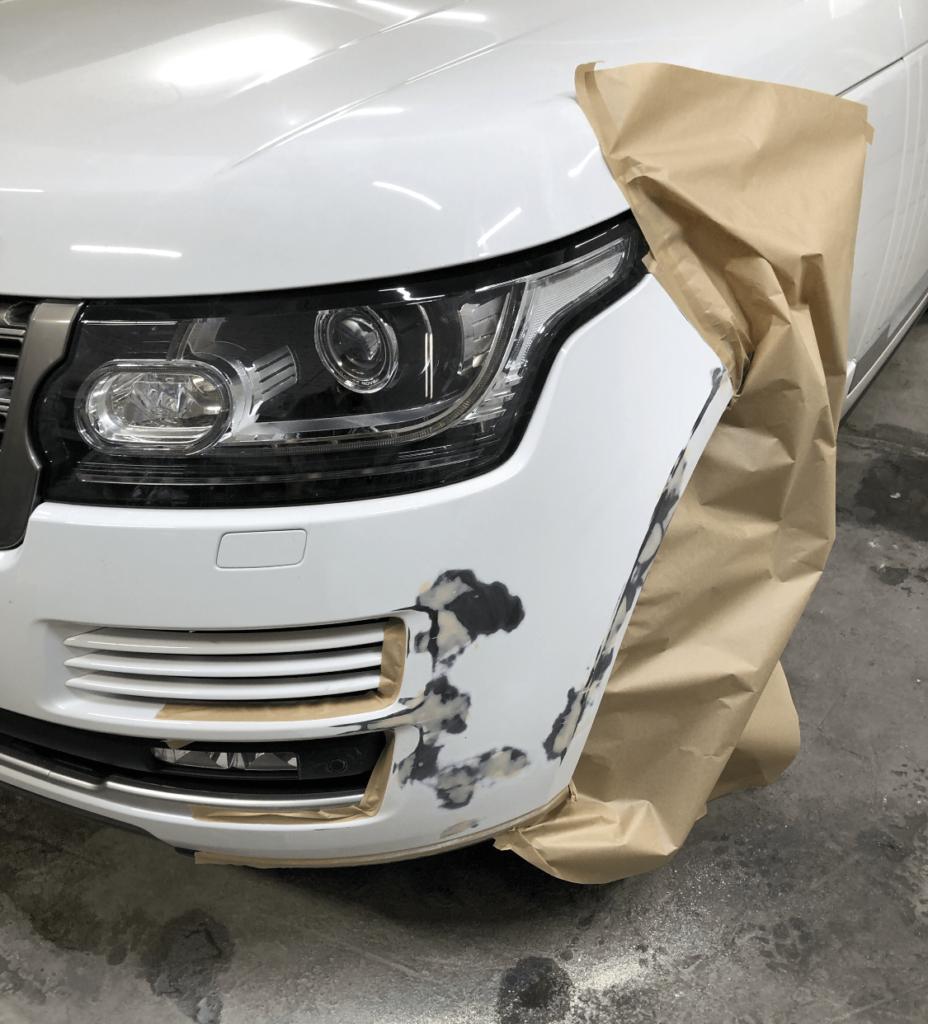локальная покраска переднего бампера Range Rover